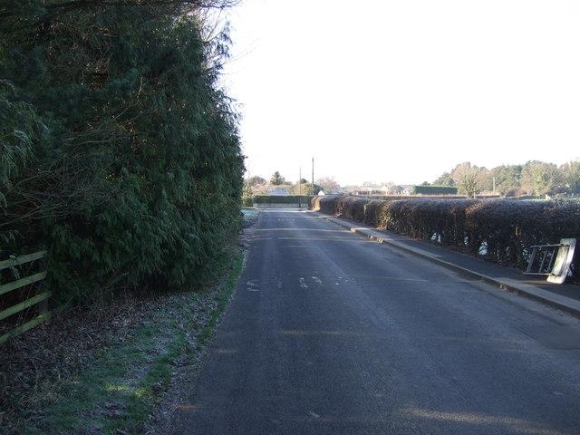 Weeton Lane heading west