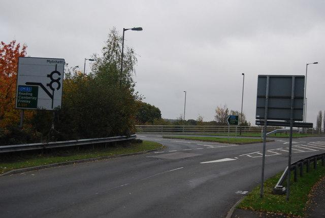 Roundabout, Coleford Bridge Rd