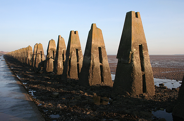 Giant Dragons' Teeth