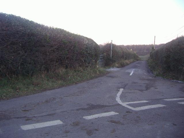 Garlick Street at junction with Hogden Lane
