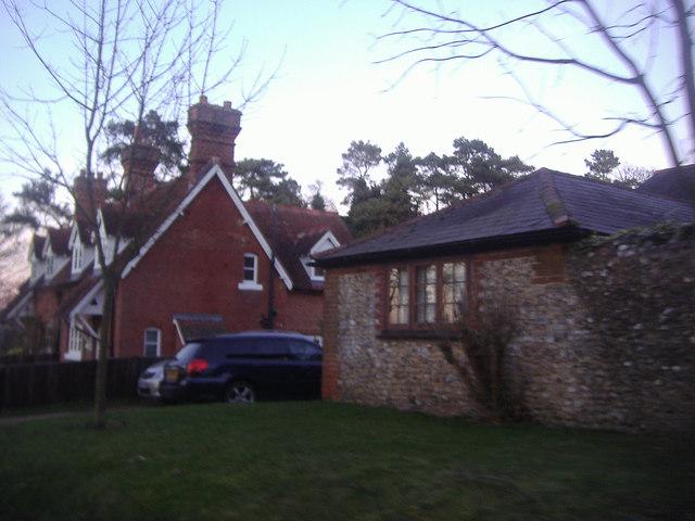 High Barn, Effingham