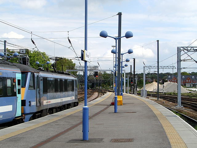 A London bound train at Norwich Railway Station