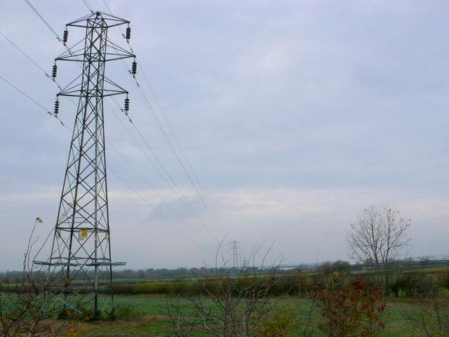 Power Lines near Long Lartin