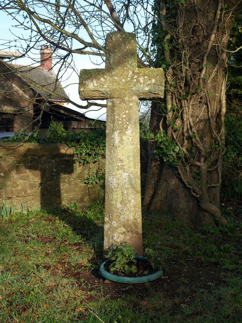 Cross, Sampford Courtenay