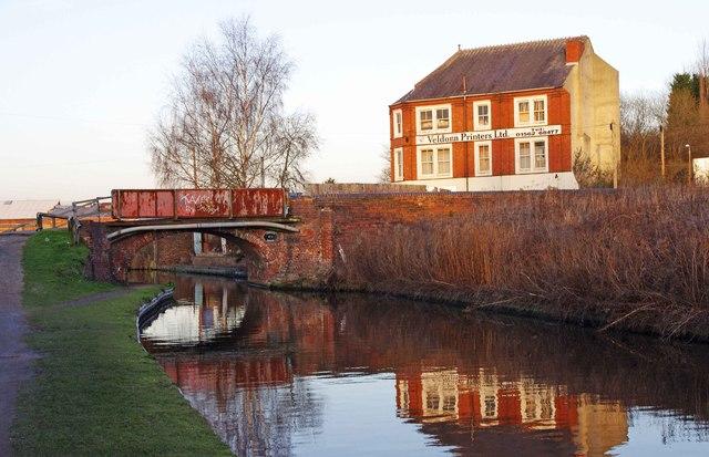 Limekiln Bridge (no.17) and Veldonn Printers Ltd., Kidderminster