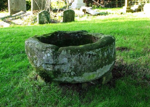 Font (disused), Waldron churchyard