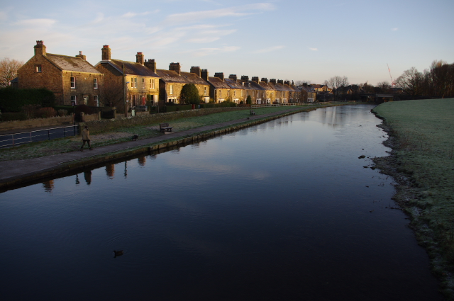 Lancaster Canal and Aldcliffe Road