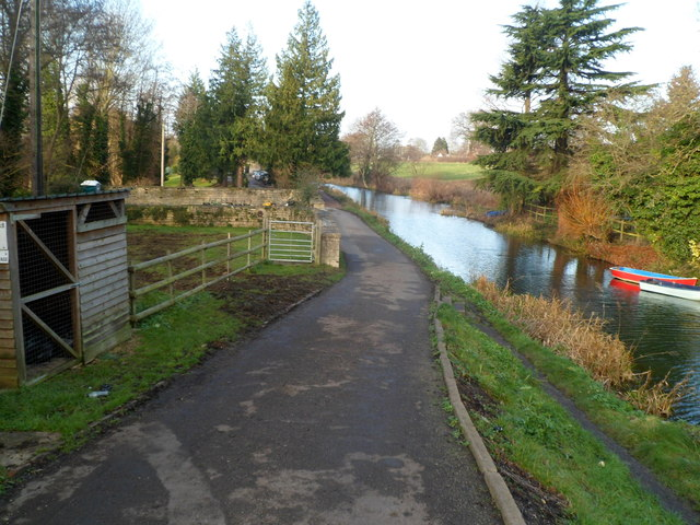 Looking west from Ryeford Bridge