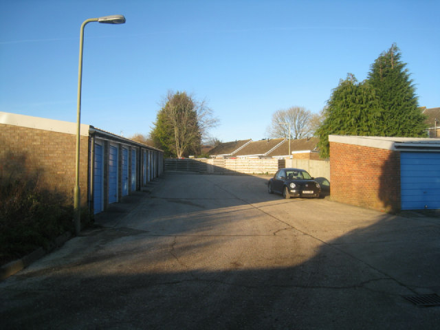 Garages for Sunny Mead