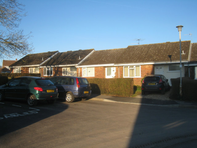 Bungalows in Sunny Mead