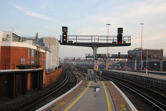 The end of Platforms 5 & 6, London Bridge Station