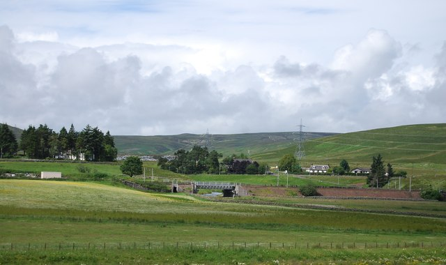 West Coast Main line crosses the Elvan Water
