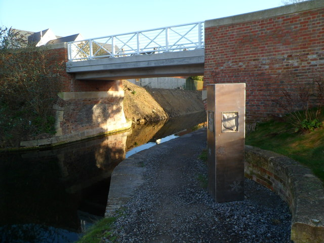 Sculpture, Oil Mills Bridge, Ebley