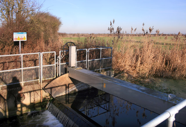 The Ironcentre Weir, Otmoor
