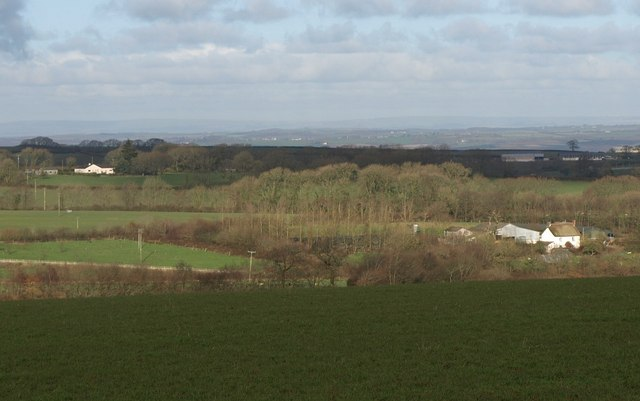 Farms near Ashridge Moor