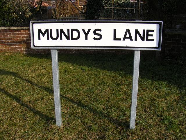 Mundys Lane sign