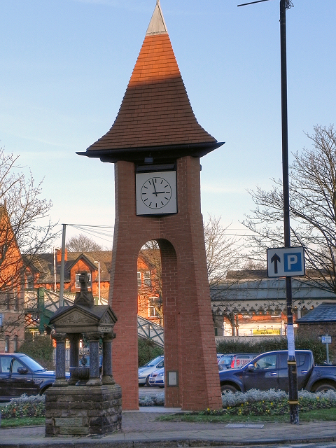 Millennium Clock, Hale