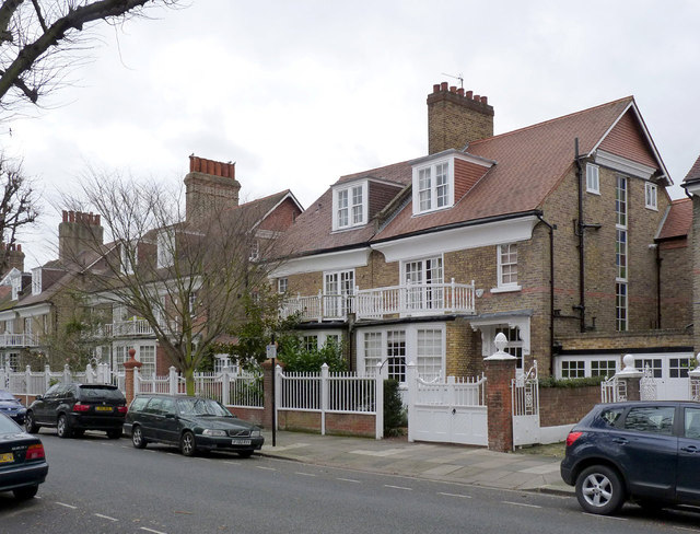 23 and 25 Woodstock Road, Bedford Park