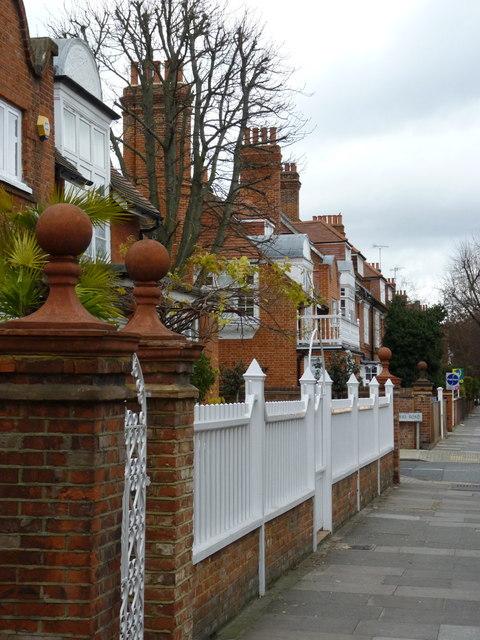 1 and 2 Rupert Gardens, Bedford Park
