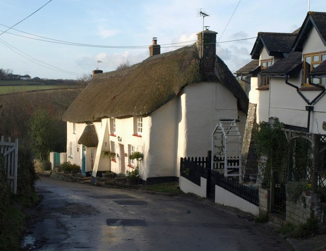 Thatched cottages, Bondleigh