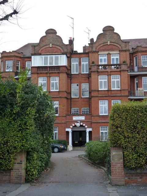 Bedford Park Mansions