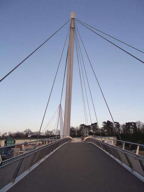 Drovers footbridge to Eureka Leisure Park (2)