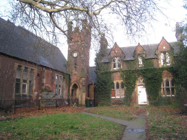 The former Brooke's Grammar School, Thorne