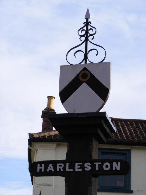 Harleston Town sign