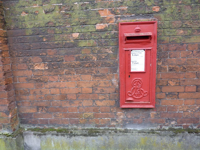 Edward VII post box, Church Street