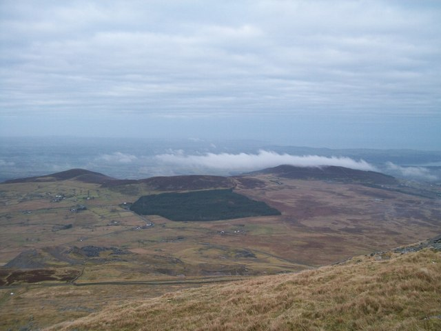 The Mawnog y Gof and Marchlyn Quarry from the upper slopes of Elidir Fach