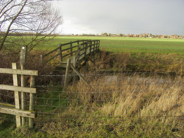 Footpath crossing River Ray