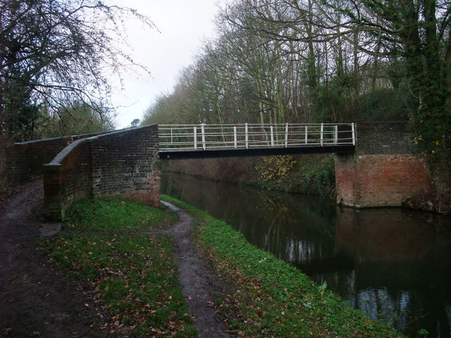 Weston Cliff Bridge, Trent and Mersey Canal