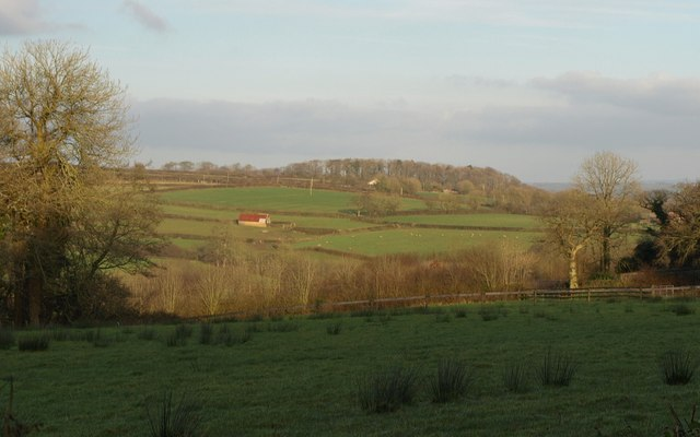 Barn and fields, Riddistone