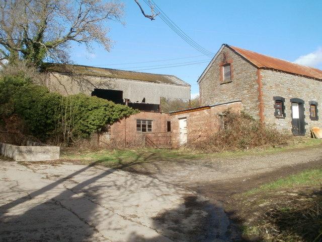 Glyn-gwyn Farm buildings, Trethomas