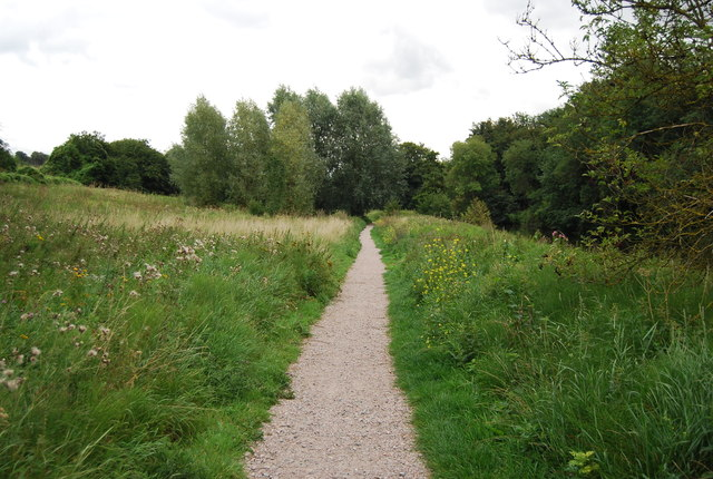 Medway Valley Path  east of Barming Bridge