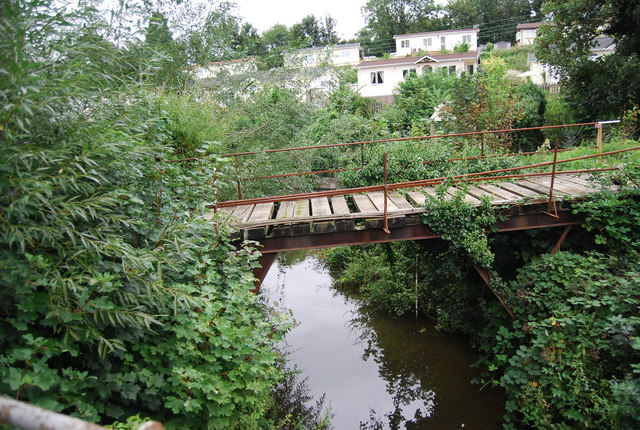 Rickety bridge by the Medway