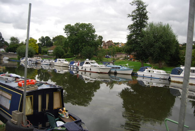 Boats moored at East Farleigh