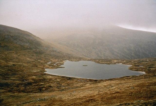 Bealach between Loch nan Stuirteag and the Moine Mhor