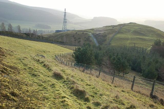 Track north of Caerlee Hill