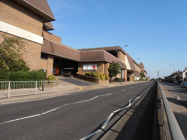 Broadway Centre, Albion Road