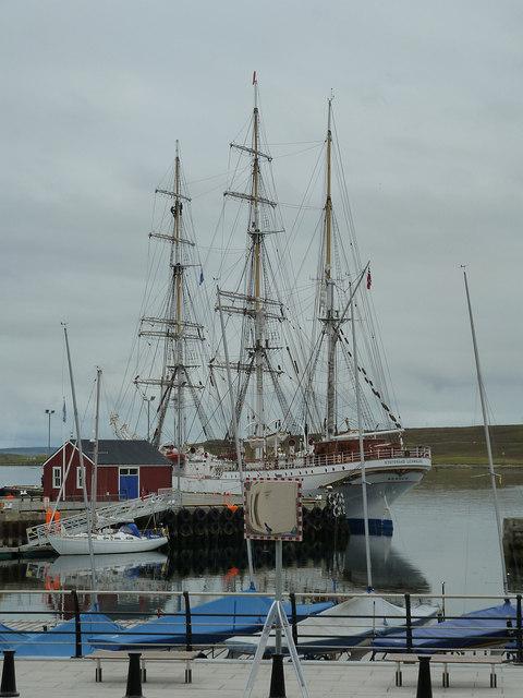 Statsraad Lehmkuhl at Victoria Pier, Lerwick