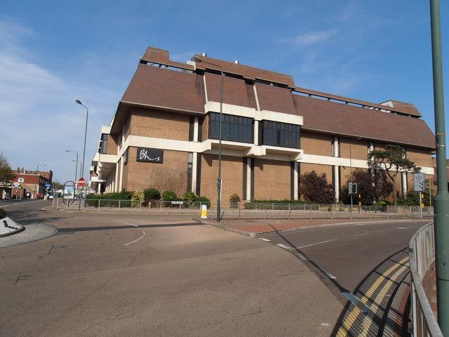 Broadway Centre, Albion Road
