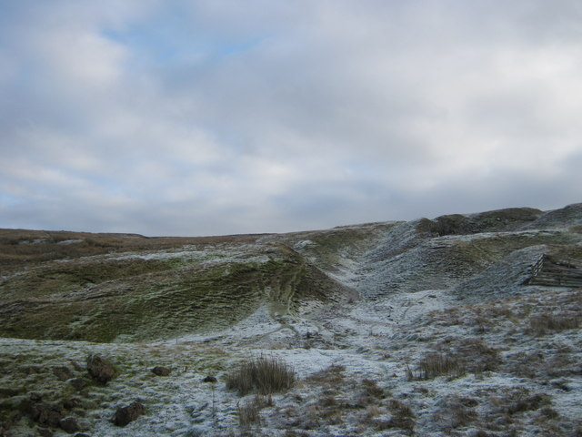Alcock Hush (disused) on north western slopes of Peat Moor Hill