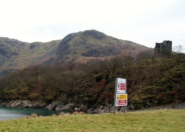 Castell Dolbadarn and Y Derlwyn