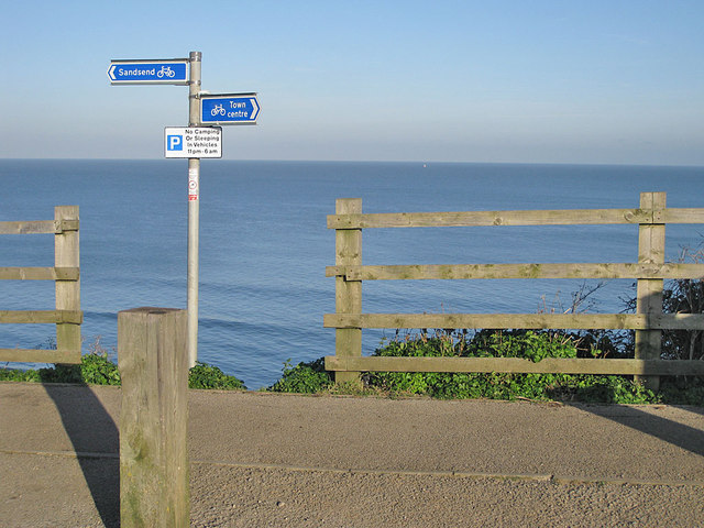 Cycle path between Sandsend and Whitby