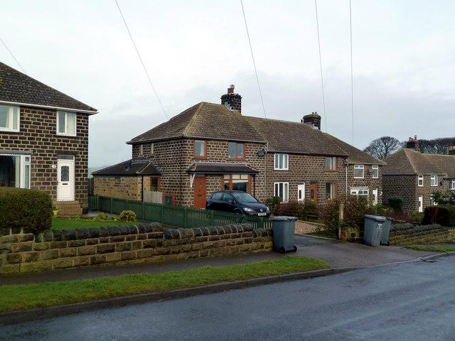 Housing on Roughbirchworth Lane