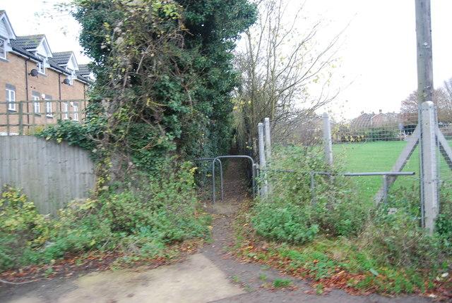 Footpath off Postley Rd