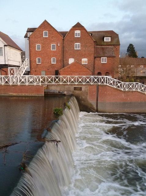 Abbey Mill and flood control sluice, Tewkesbury