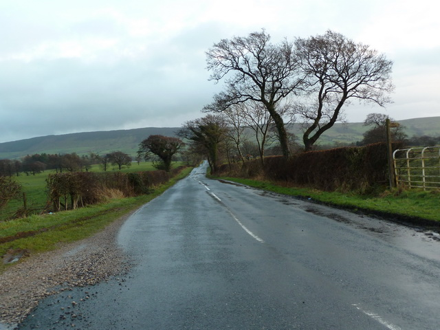 Road to Clitheroe at Green Slack