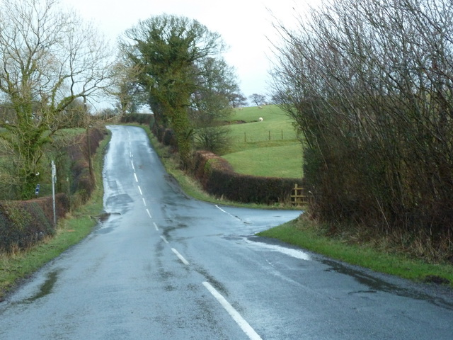 Road to Clitheroe north of Carr Side Farm